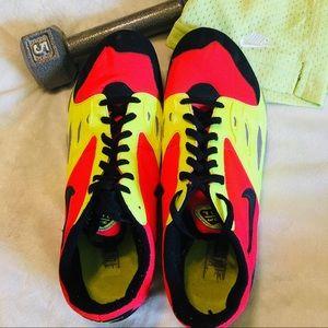 ➕Size 10 Nike Track & Field Vivid Zoom Tennis Shoe